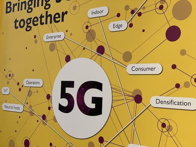 En fait, d'ici cinq ans, plus de quatre milliards d'appareils devraient être connectés via la seule technologie cellulaire. Voitures, robots, conteneurs d'expédition, champs agricoles, les possibilités semblent illimitées... La 4G était l'ère du smartphone, nous pensons que la 5G sera celle de l'IoT. Alors certains diront nous avons le temps, en Europe elle n'arrive qu'en... […]