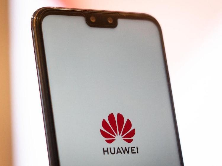 Les différentes annonces de Huawei pendant sa conférence des développeurs (HDC) ont officiellement lancé non seulement son OS mais la course à construire des écosystèmes ! Ont peut dire sans trop se tromper qu'en Chine le travail sera plutôt simple ! La conférence a réunis 600 experts techniques de Huawei avec près de 6000 développeurs... […]