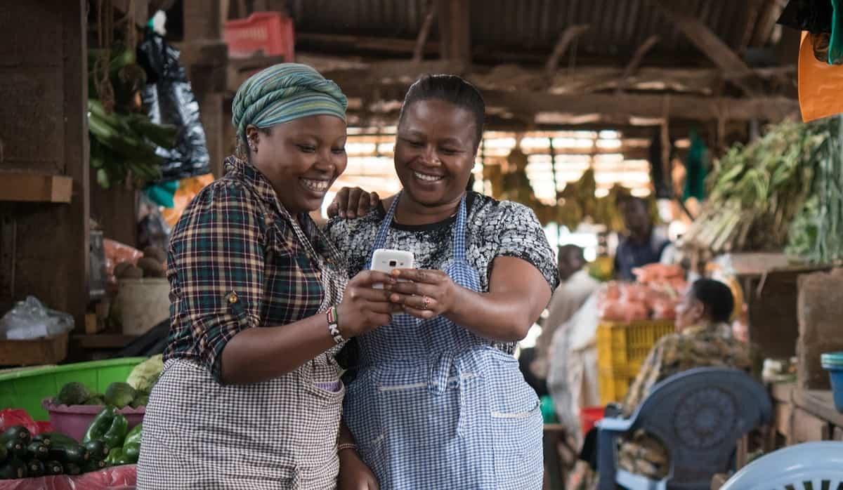 L'agro-commerce devient de plus en plus répandu grâce à l'augmentation de la connectivité Internet et à la pénétration des technologies mobiles